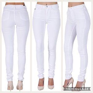 NWT Kancan Helen Pure White Jeans
